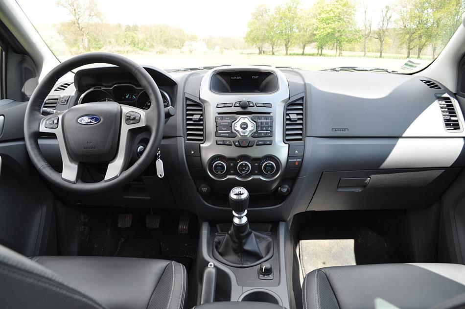 mada rent car location voiture ford ranger t6 antananarivo location voiture ford ranger t6. Black Bedroom Furniture Sets. Home Design Ideas
